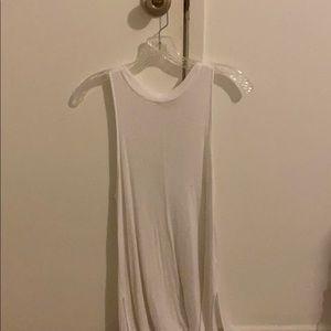 M lightweight white tunic top